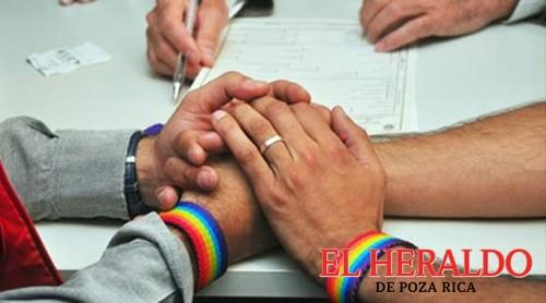 Iglesias fomentan homofobia