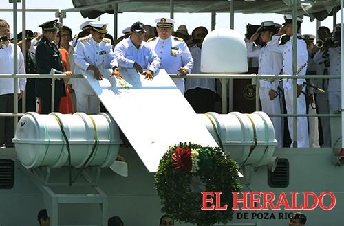 Encabeza Duarte de Ochoa  homenaje a marinos caídos