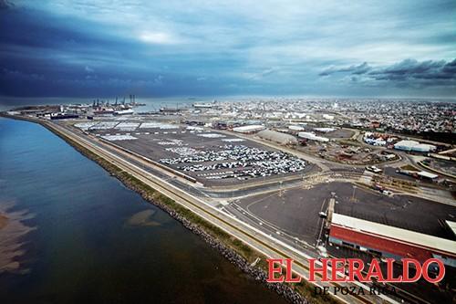 Modernización portuaria en Veracruz,  fortalece crecimiento económico: EPN