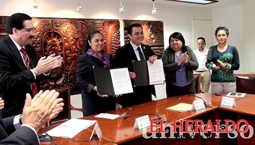 UV y Ayuntamiento de Xalapa convenían colaboración
