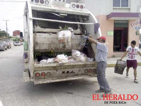 Limpian de cacharros la ciudad