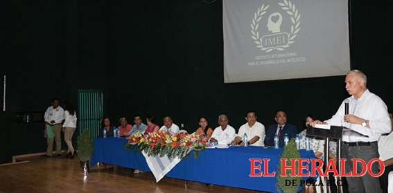 Alcalde programa fumigaciones