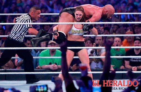 Rousey y Undertaker se roban Wrestlemania