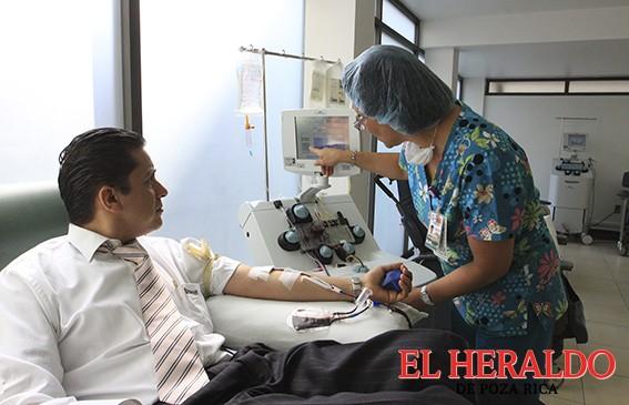 Por cada donador de sangre se benefician hasta tres personas