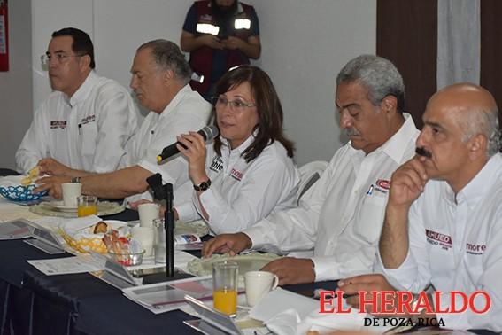 Se reúne Rocío Nahle con contratistas
