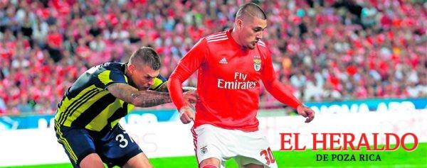Nico no debutará con el Benfica