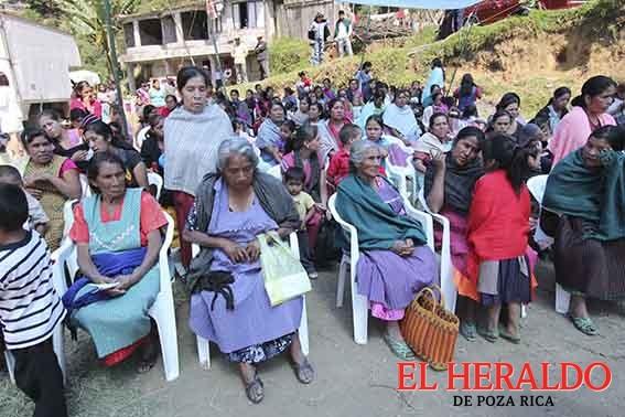 Mujeres nativas, tres veces victimizadas