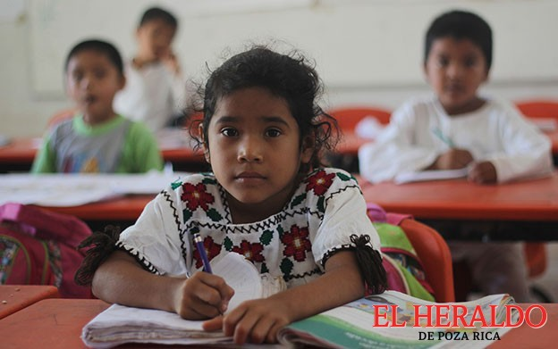 Educación Indígena con doble programa