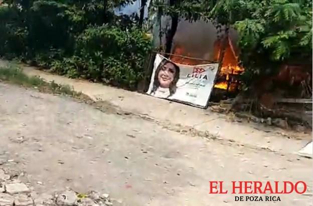 Vivienda devastada por las llamas