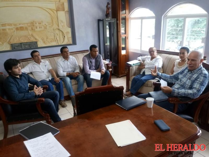 Anuncia gobierno municipal cursos de capacitación en programa entre ayuntamiento e Icatver