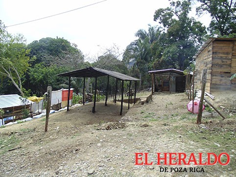 Invasores desalojan predio, pero ocupan otro en Escolín