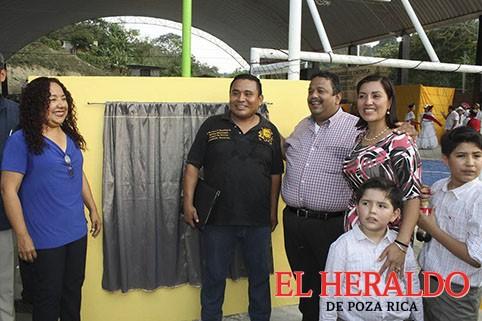 Inauguraron el domo de Escolín