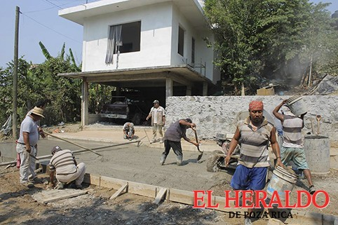 Pavimentaciones y obras en escuelas