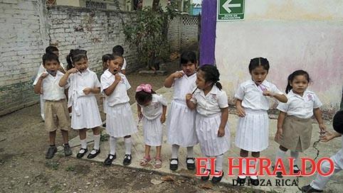 Instruye DIF a niños sobre higiene bucal