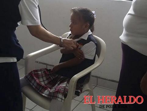Convocan a niñas a vacunarse contra VPH