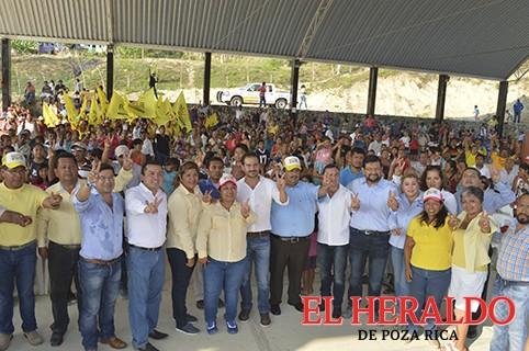 El triunfo lo celebraremos en Escolín de Olarte: Paty Cruz