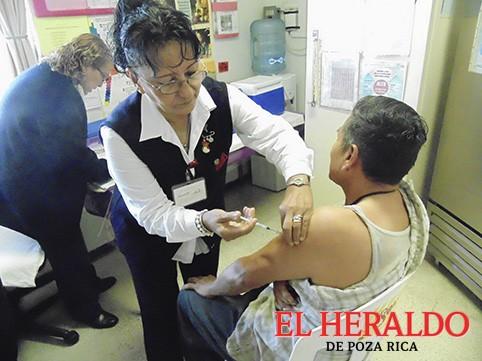 Capacitan a vacunadores