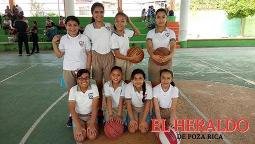 Colegio Morelos gana en el baloncesto