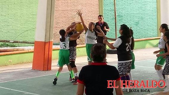 Colegio Xalapa gana a Concepción Fuente