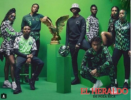 Revuelo por playera de Nigeria