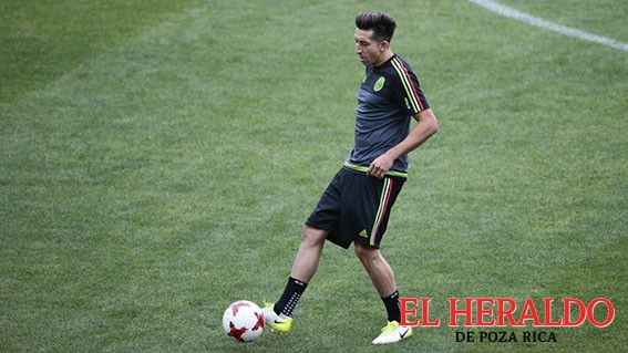 Héctor Herrera está de vuelta