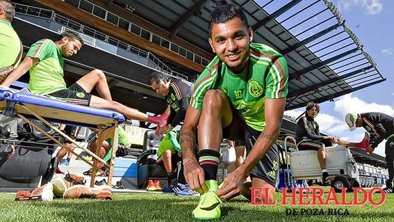 Osorio perfila con Tecatito el 11