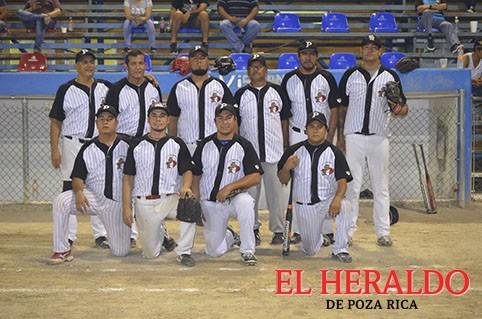 Sufrido triunfo de Deportivo Chuy Guerrero