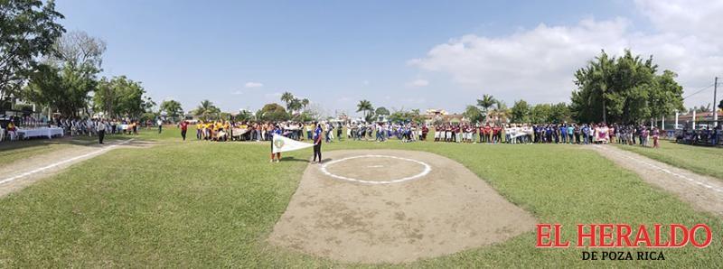 Inauguran la tercera temporada de la liga Pozo 140