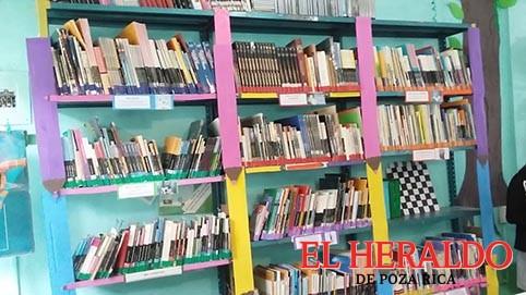 Supervisan bibliotecas del municipio: Jiménez
