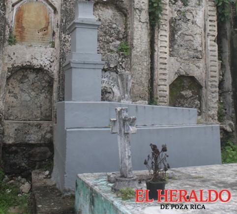 Declaran intangibles tumbas que datan de 1881