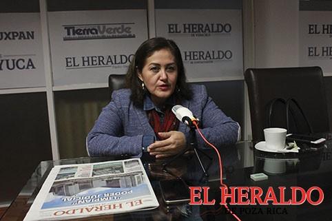 Morena no es lo que presume: Eva Cadena