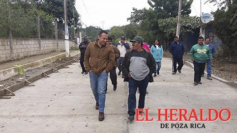 Avanza obra de Papatlarillo a Miahuapán