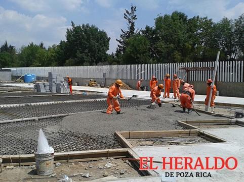 Constructores quieren obras de municipios
