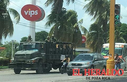 """Terrible """"militarizar"""" el país: Acevedo Soni"""