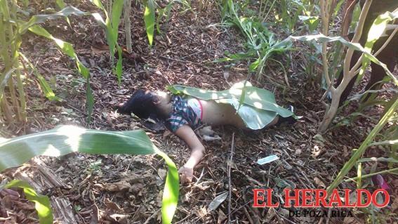 Exigen justicia por asesinato de estudiante en Coxquihui