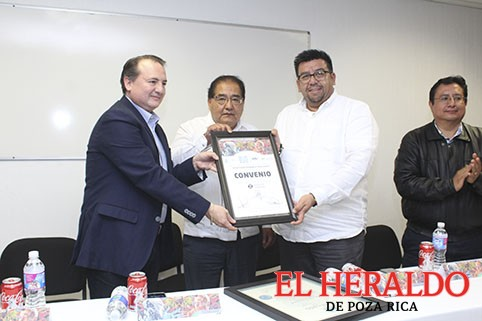 Firma convenio UTGZ y la UPV