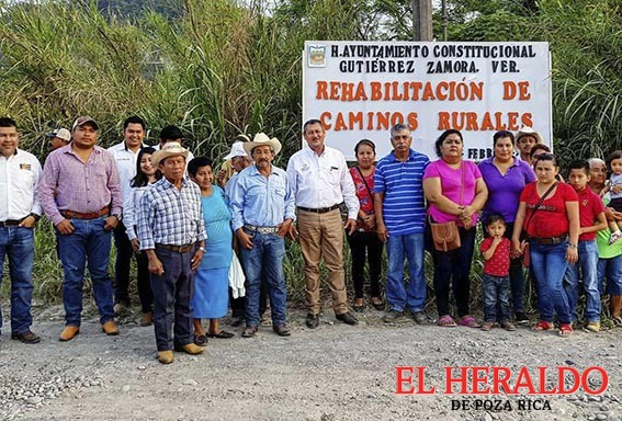 Wilman Monje rehabilita caminos rurales