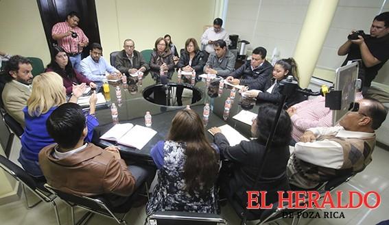 Cabildo celebra Primera sesión extraordinaria