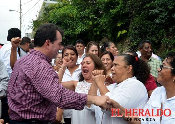 Pepe Yunes se compromete con pueblos indígenas