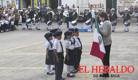 Festejan el Día del Ejército