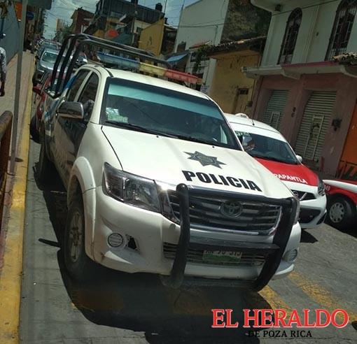 Chocan policías de Coyutla y se dan a la fuga