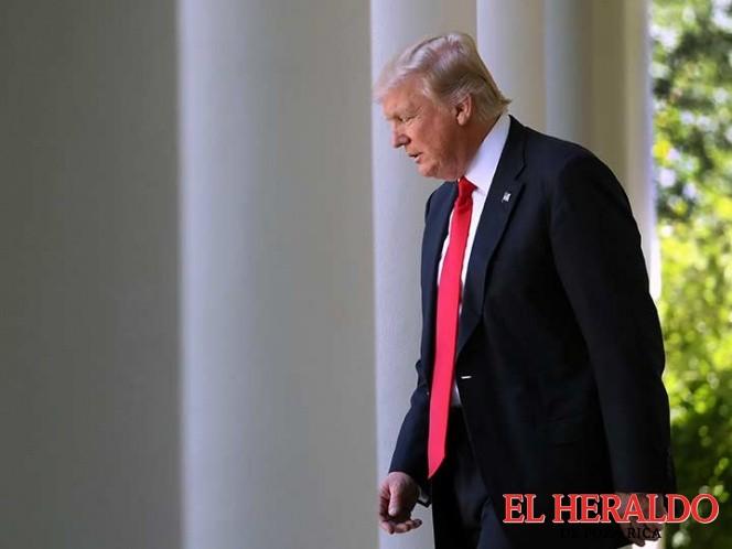 Presionan a Trump para que testifique ante el Senado