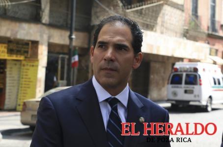 Inviable, segunda vuelta electoral: Escudero