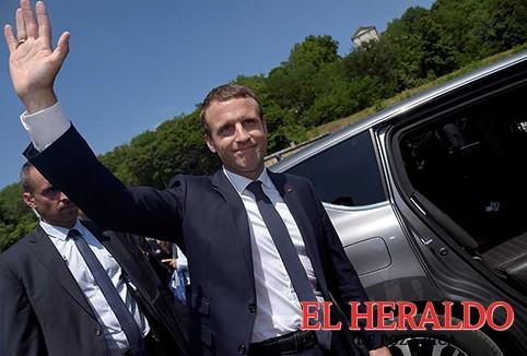 Macron arrasa en elecciones legislativas