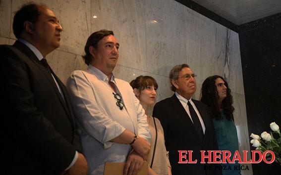 Llama Cárdenas a revertir la reforma