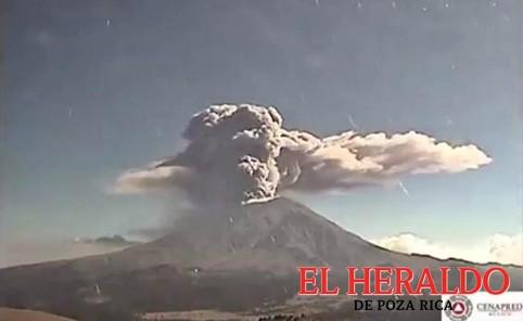 Popocatépetl presenta actividad