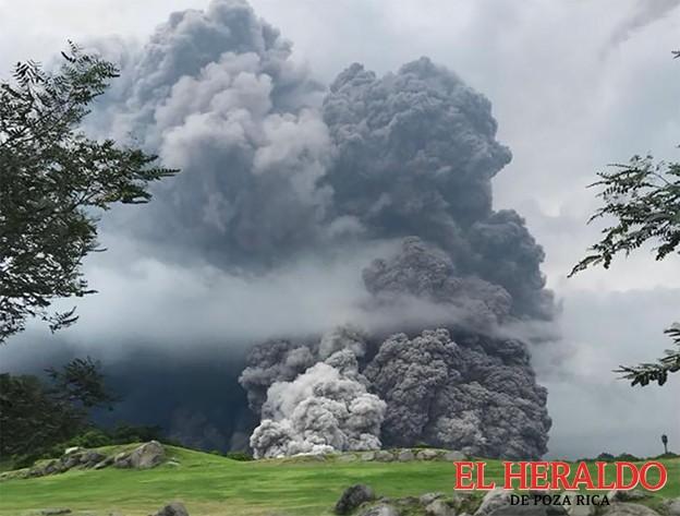 Cada hora, entre 8 y 10 explosiones del Volcán de Fuego