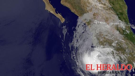 Evoluciona Bud a huracán categoría 1