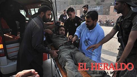 Atacan televisión afgana, mueren diez