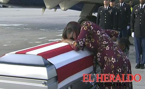 Trump le faltó a familia de soldado